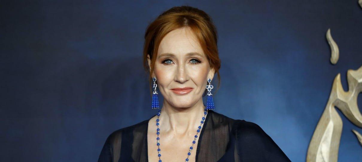 J.K. Rowling responde polêmicas e diz ter se inspirado em assassinos reais em novo livro
