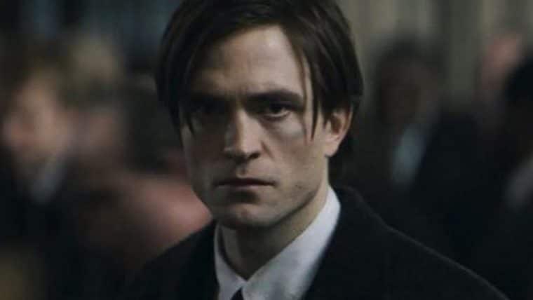 Batman | Fotos do set de filmagens mostram Bruce Wayne em funeral