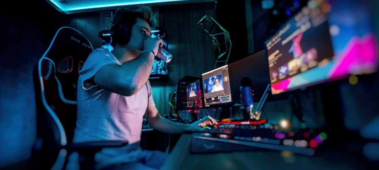 Streamers devem pagar para transmitir jogos, diz desenvolvedor do Stadia