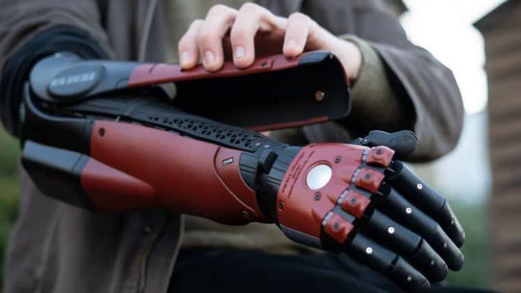 Empresa anuncia braço biônico inspirado em Metal Gear Solid V