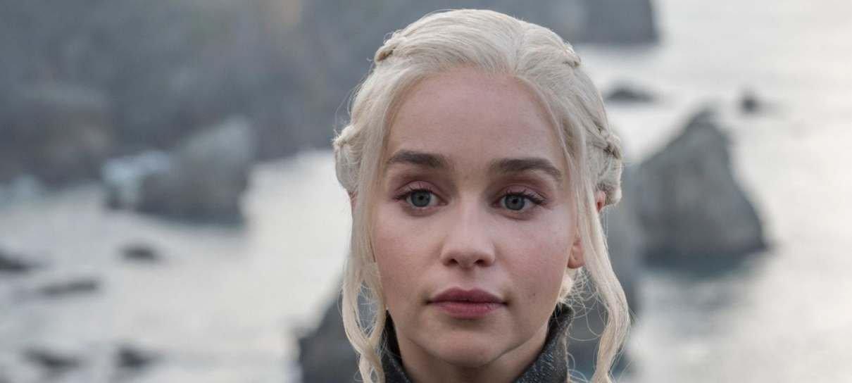 Game of Thrones | Emilia Clarke improvisou um monólogo em Alto Valiriano em dez minutos