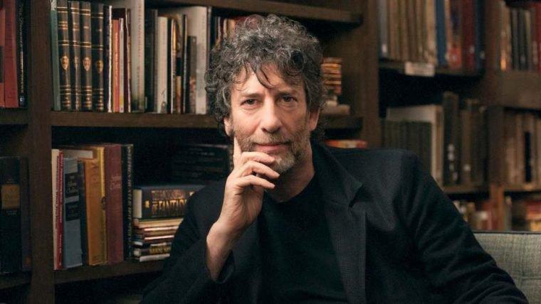 Neil Gaiman fará evento online com os fãs brasileiros; saiba como participar