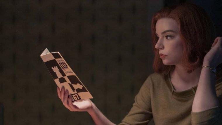 O Gambito da Rainha bate recorde e se torna a minissérie mais assistida da Netflix