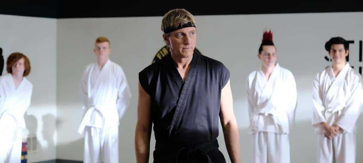 Elenco de Cobra Kai e de Karate Kid faz encontro online hoje (21); saiba como assistir
