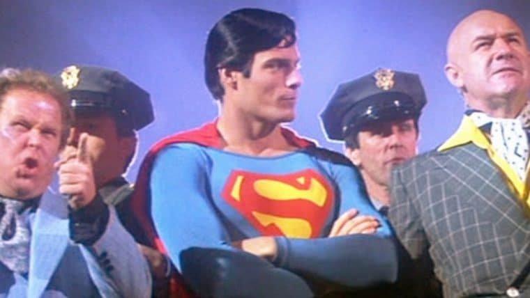 Diretor do primeiro Superman acha filmes sombrios de herói chatos