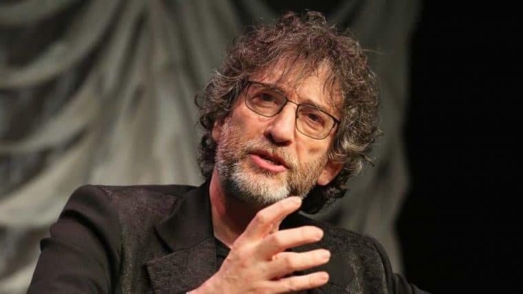 Neil Gaiman relembra passagem pelo Brasil em painel da CCXP 2020