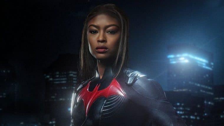 Batwoman | Javicia Leslie mostra o rosto em pôster da segunda temporada