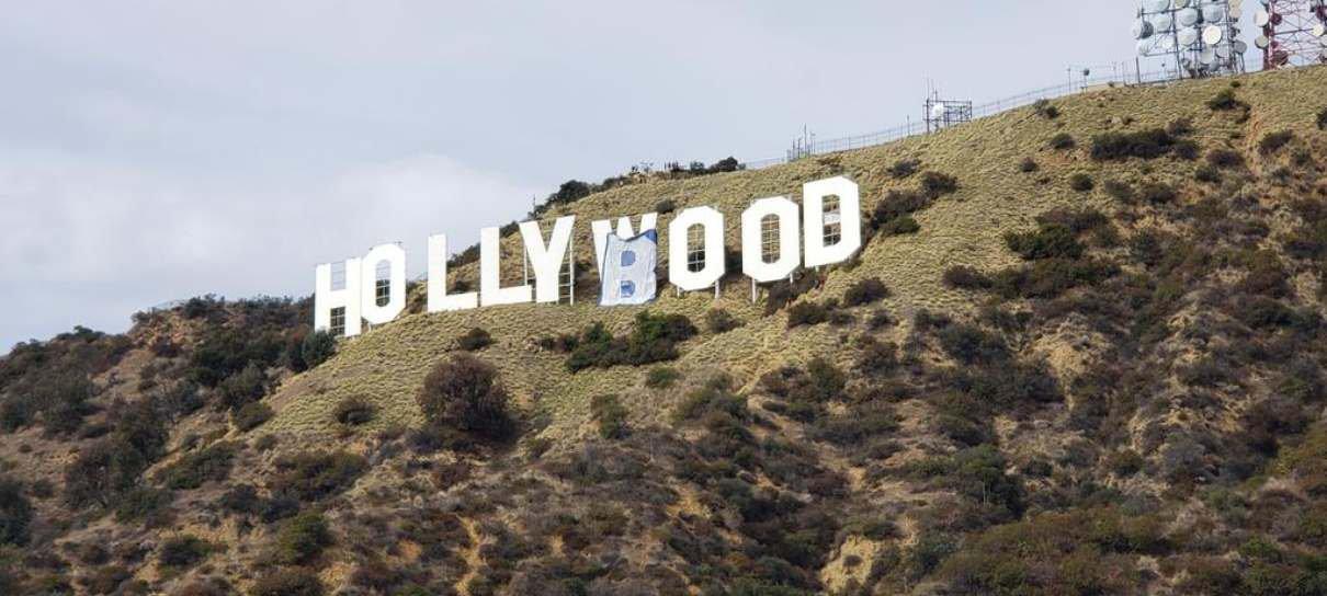 Letreiro de Hollywood é alvo de zoeira e vira Hollyboob