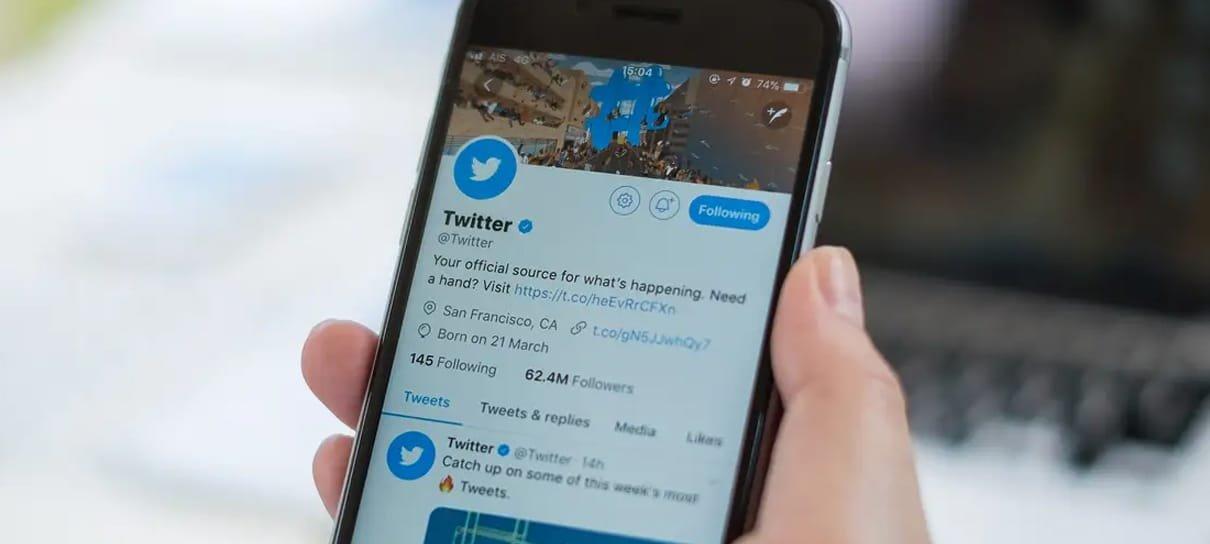 Twitter está testando reproduzir vídeos do YouTube direto da linha do tempo
