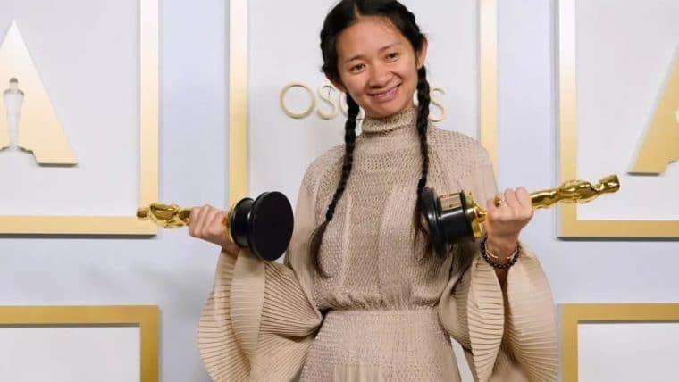 Chloé Zhao ganha Melhor Direção no Oscar 2021 e é a segunda mulher a vencer na categoria