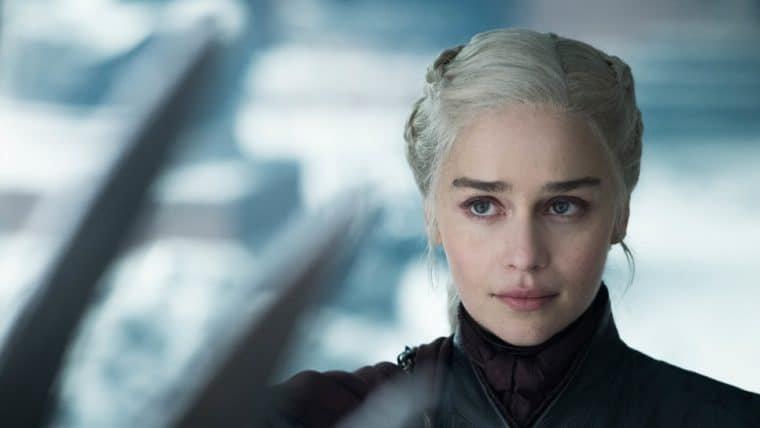 Emilia Clarke, a Daenerys, entra para o elenco de Invasão Secreta, diz site