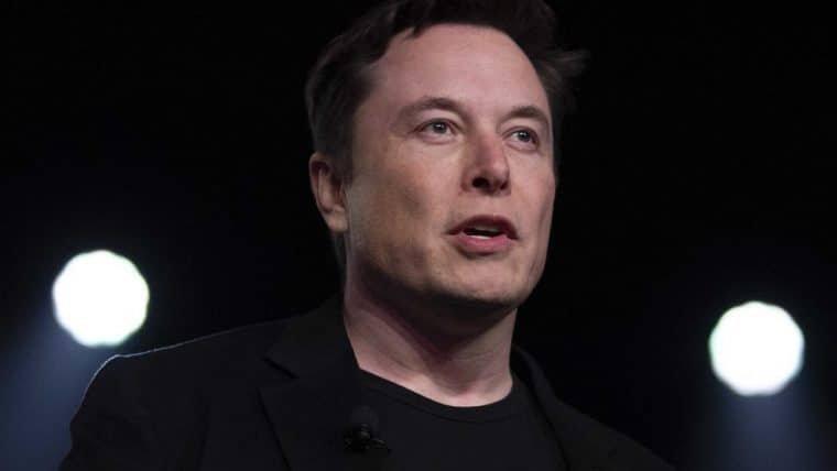 Jeff Bezos contesta Nasa sobre viagem à lua da SpaceX, e Elon Musk ironiza no Twitter
