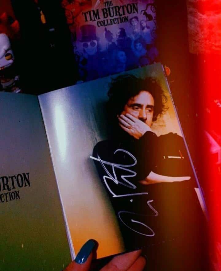 Box autografado por Tim Burton