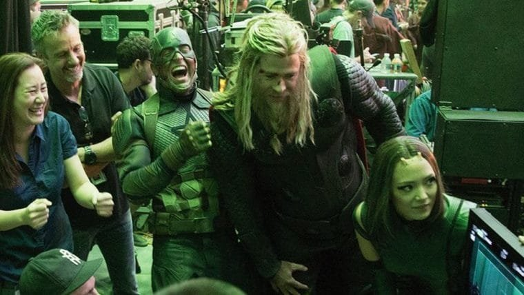 Irmãos Russo comemoram 2 anos de Vingadores: Ultimato com fotos de bastidores