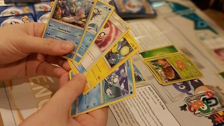 Briga por cartas de Pokémon faz rede de lojas parar de vender o produto nos EUA