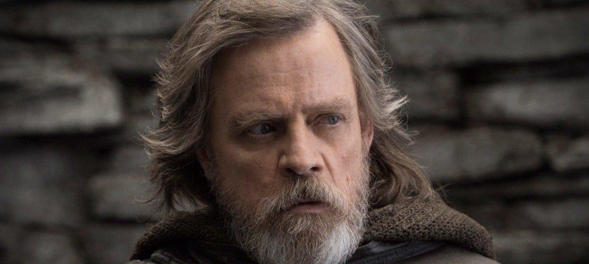 Mark Hamill faz homenagem ao Star Wars Day e zoa a própria carreira
