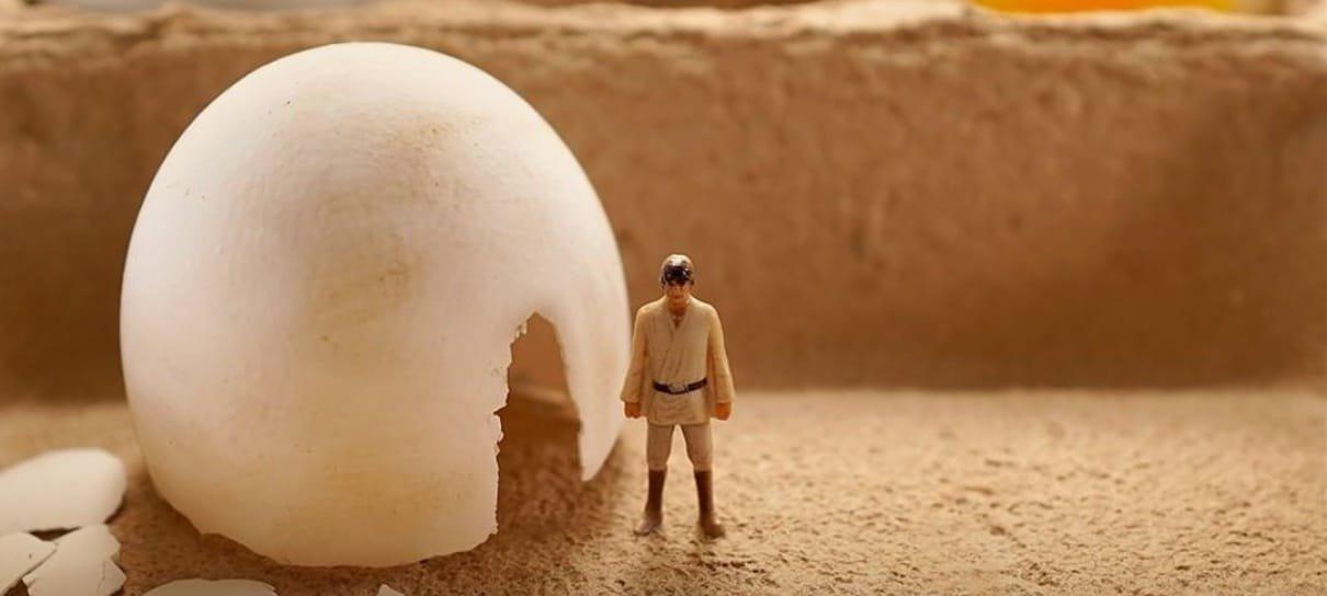 Artista faz cenas de Star Wars com ovo cozido, brócolis e itens domésticos