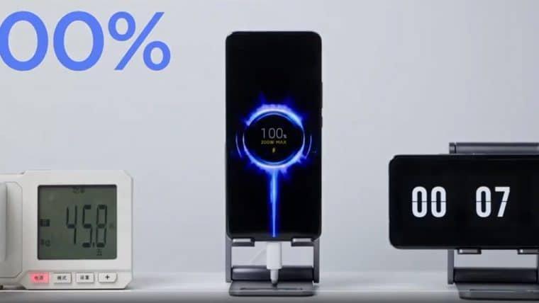 Xiaomi apresenta tecnologia capaz de carregar um celular em oito minutos