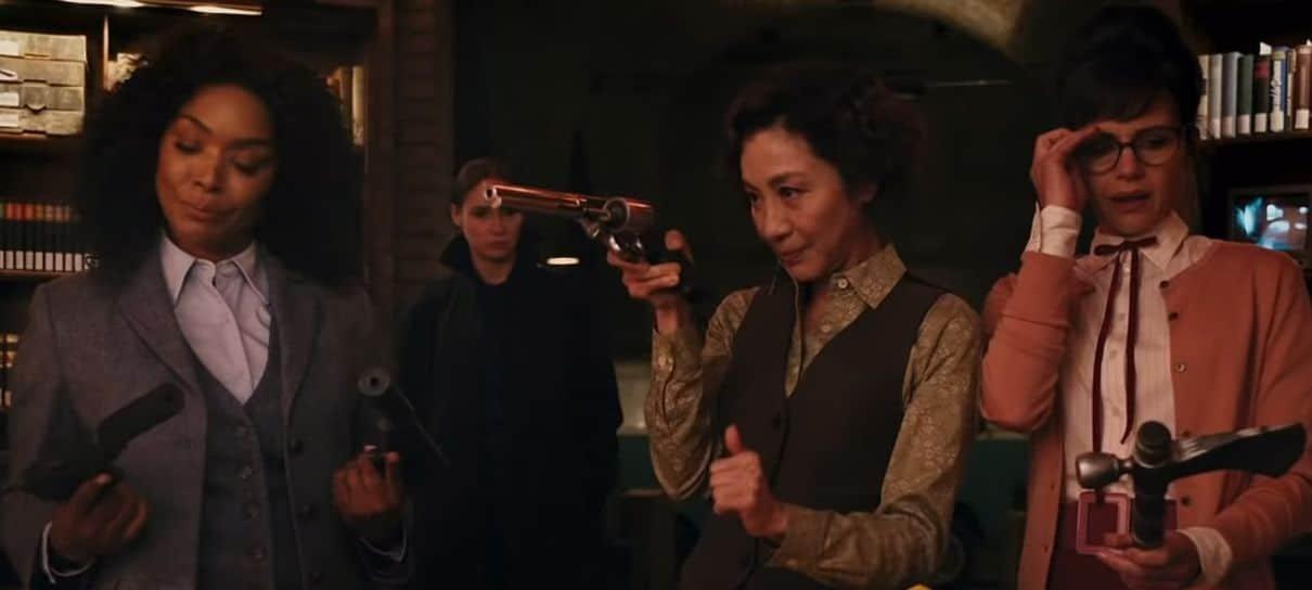Gunpowder Milkshake, filme com Karen Gillan e Angela Bassett, ganha cena inédita