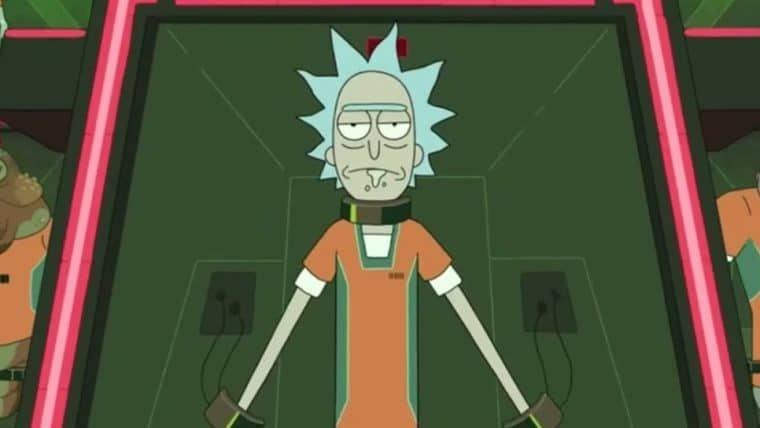 Rick, de Rick and Morty, é preso pela AVT de Loki em arte de Bosslogic