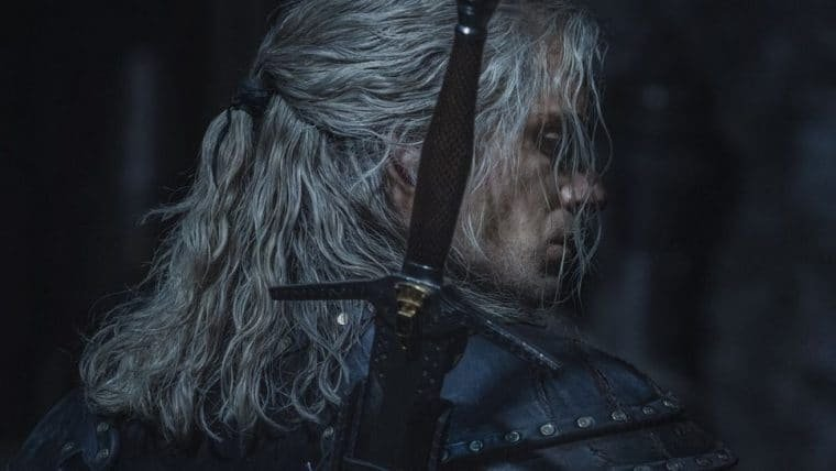 Henry Cavill promete que Geralt estará mais falante na 2ª temporada de The Witcher
