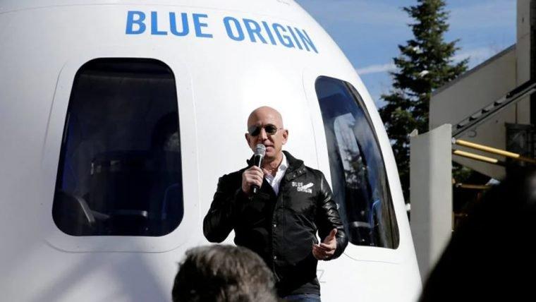 Jeff Bezos diz que clientes e funcionários da Amazon pagaram pela viagem espacial