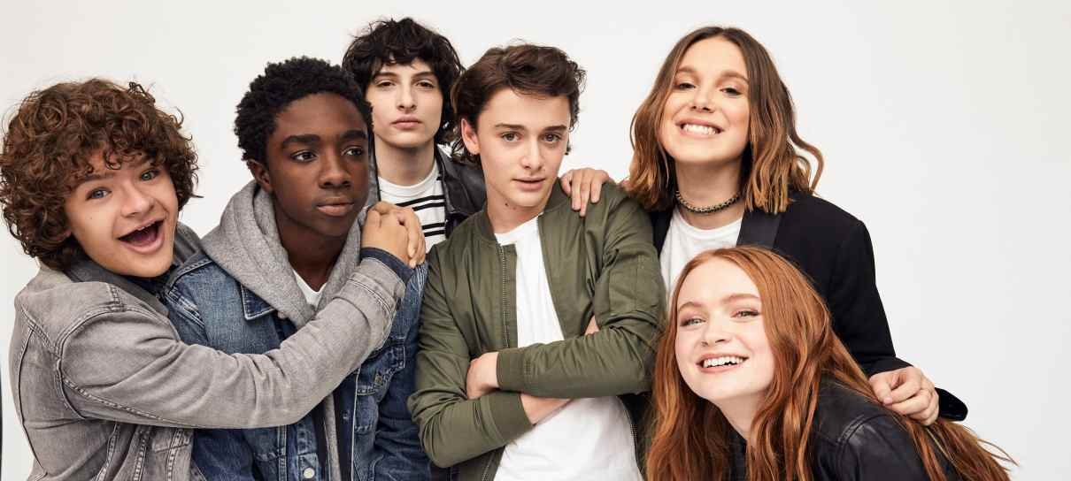 Netflix comemora 5 anos do lançamento de Stranger Things com fotos do elenco