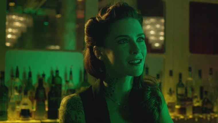 Bridget Regan será a Hera Venenosa na terceira temporada de Batwoman