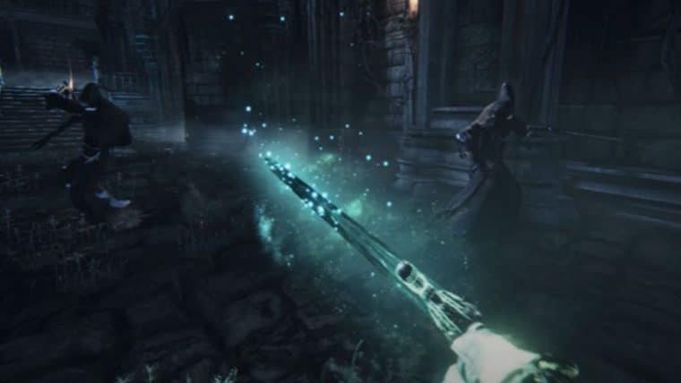 Mod adiciona uma câmera em primeira pessoa em Bloodborne