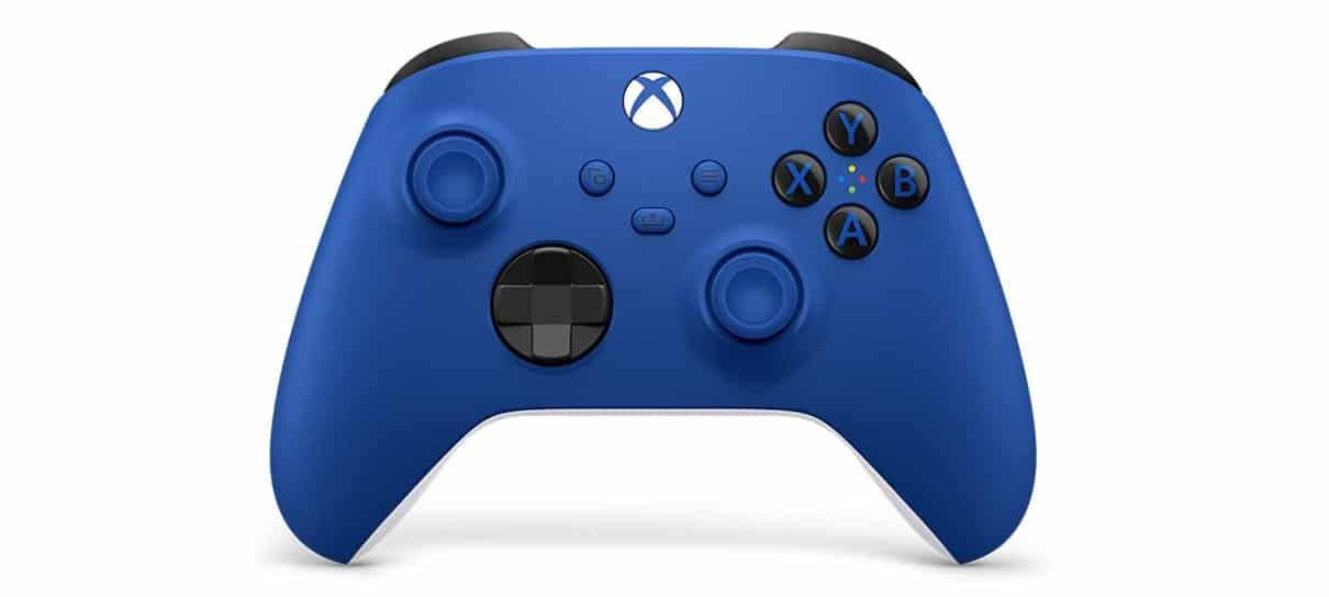 Controle azul é um dos controles Xbox sem fio com novas cores