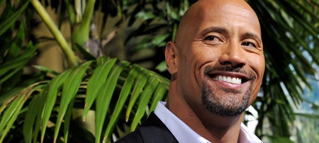 The Rock surpreende fãs em vídeo cheio de zoeira