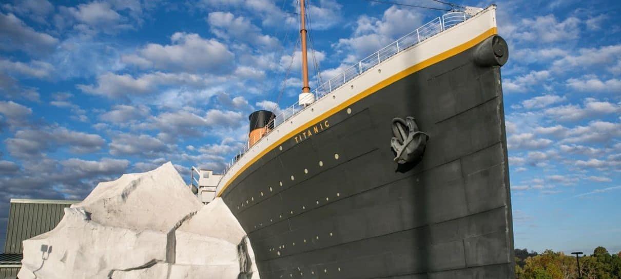 Acidente com iceberg no Museu do Titanic deixa três feridos
