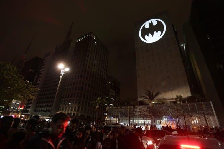Bat Sinal ligado em São Paulo (Divulgação)