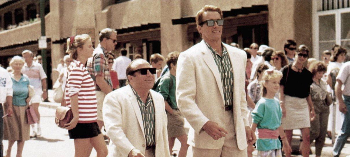 Tracy Morgan será gêmeo de Schwarzenegger e Danny DeVito em sequência de Irmãos Gêmeos