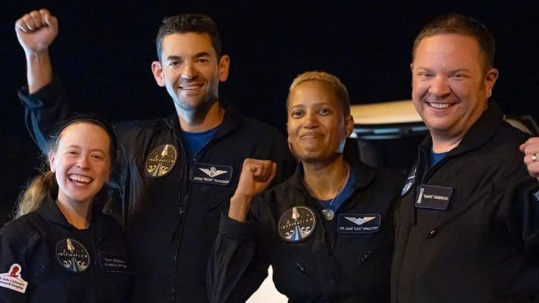Missão da SpaceX tripulada por civis é finalizada com sucesso
