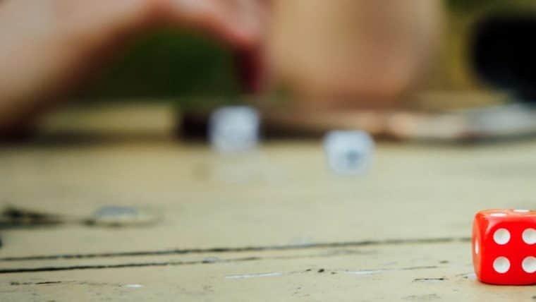Aproveite 6 jogos de tabuleiro com desconto