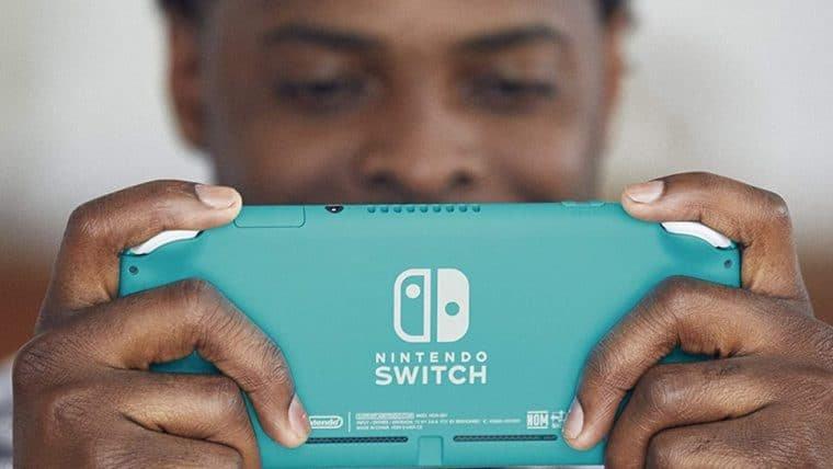 Nintendo Switch Lite está à venda na Amazon