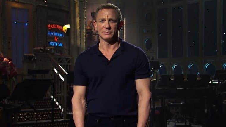 Daniel Craig descobre que virou um meme que anuncia o final de semana