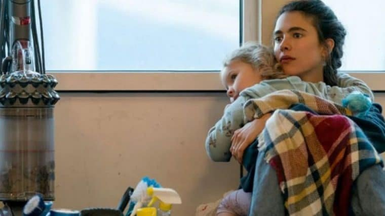 Maid pode ultrapassar O Gambito da Rainha como minissérie mais vista da Netflix
