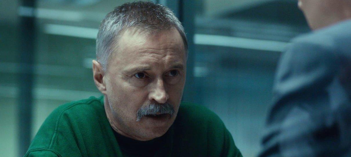 Robert Carlyle voltará a viver Begbie em The Blade Artist, série derivada de Trainspotting