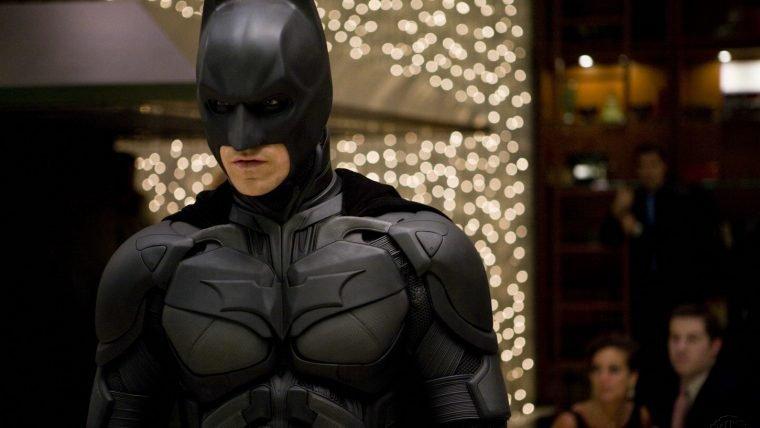 Roupa da trilogia Nolan será lançada em Batman: Arkham Knight