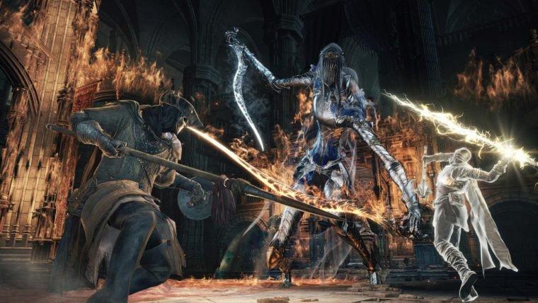 Trailer de Dark Souls 3 mostra as cores da escuridão