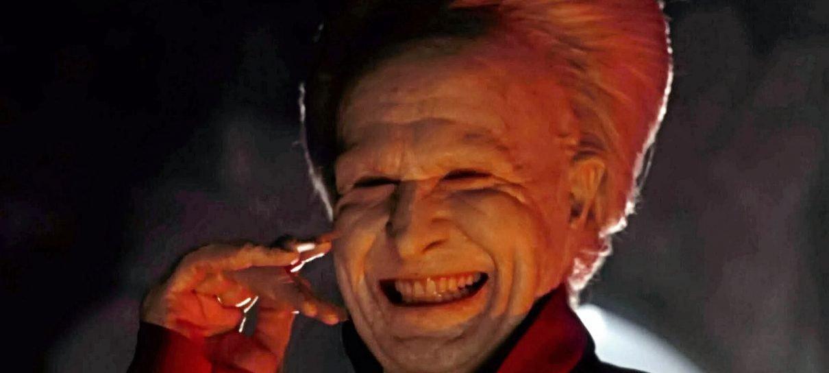 Gary Oldman está coescrevendo um livro sobre vampiros
