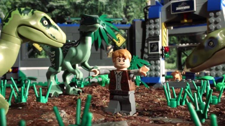 Jurassic World recontado em LEGO é simplesmente hilário