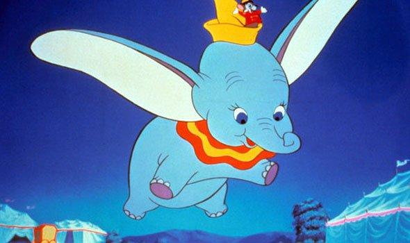 Tim Burton deve dirigir adaptação live-action de Dumbo