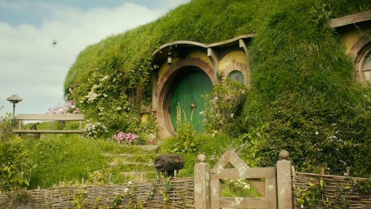 Peter Jackson transforma porão em toca Hobbit