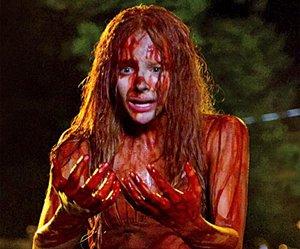 Remake de Carrie a Estranha tem duas imagens