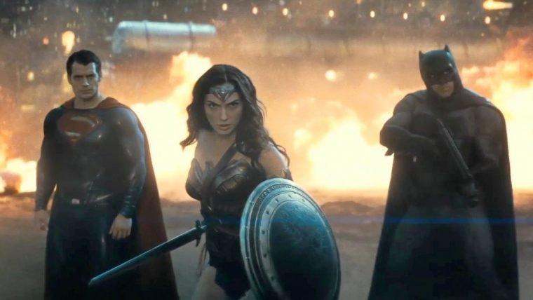 Framboesa de Ouro | Batman vs Superman lidera indicações no prêmio dos piores do ano