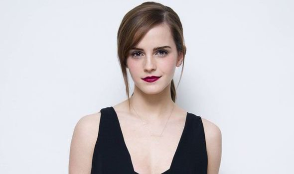 A Bela e a Fera | Veja Emma Watson no trailer da versão live-action