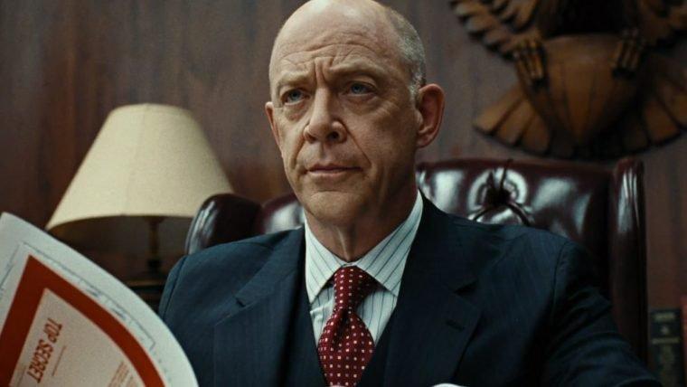 J.K. Simmons fala sobre seu papel na Liga da Justiça
